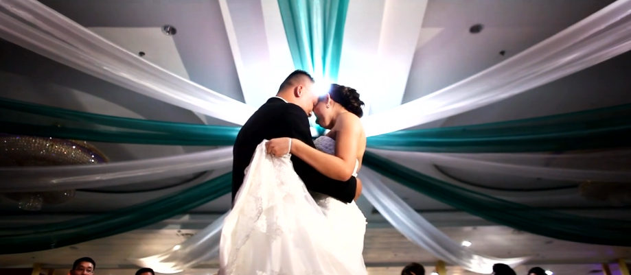 Lightbulb Videography wedding videographer